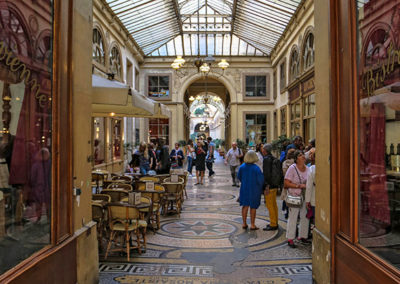 The Passages Couverts: Hidden Treasures & chic shopping %19€